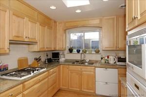 Edgevale-7116-kitchen
